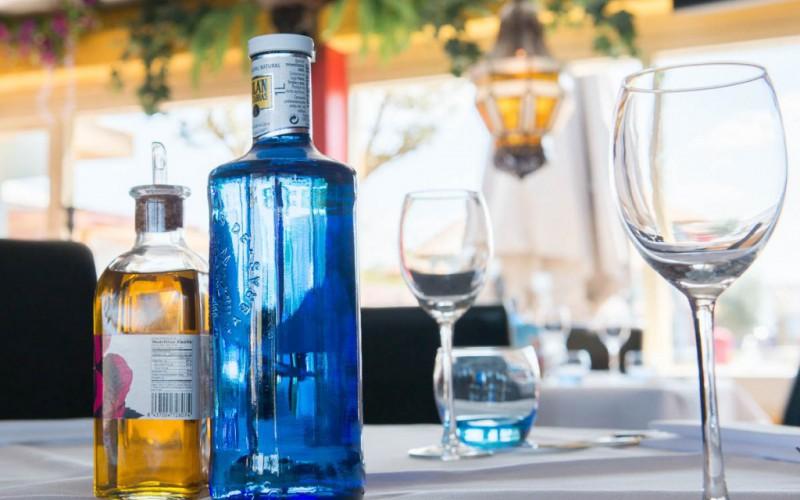 Restaurant-e1443526365982
